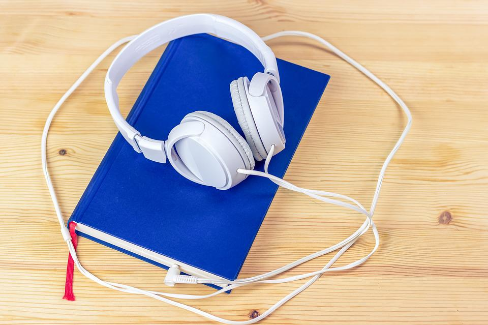 Audiobook, Tablet, Touch Screen, Read, Book, Mobile