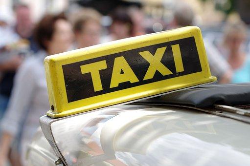 自動, タクシー, タクシーでサイン, 黄色いタクシー, トラフィック