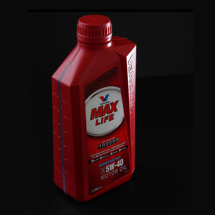 Bottle container engine oil free photo on pixabay for Motor oil storage container