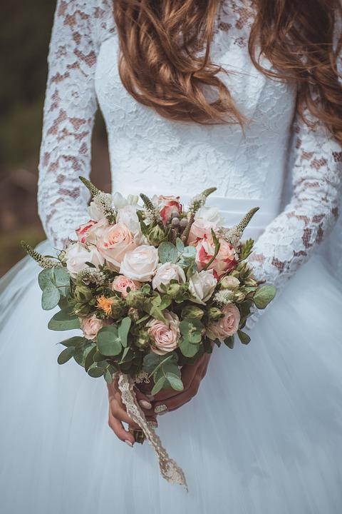 Wedding bouquet free pictures on pixabay flower lovely wedding bouquet bride junglespirit