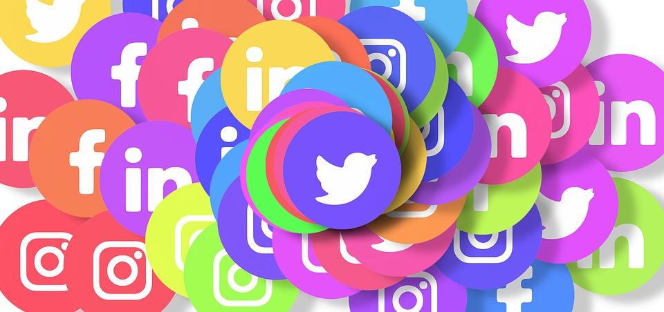 أشهر 10 تطبيقات فى السعودية - مواقع التواصل الاجتماعي