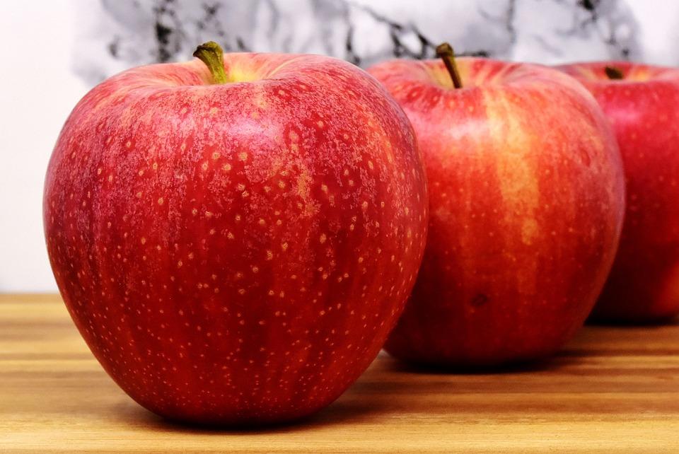 Znalezione obrazy dla zapytania jabłko