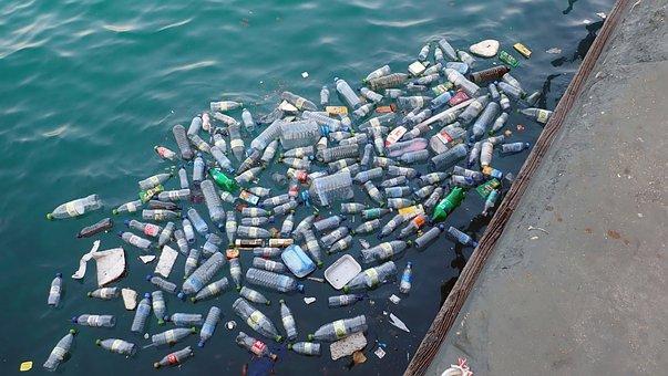 De Plástico, Contaminación, De Basura