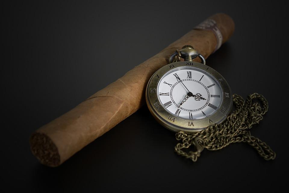 cigar of Issac Keith