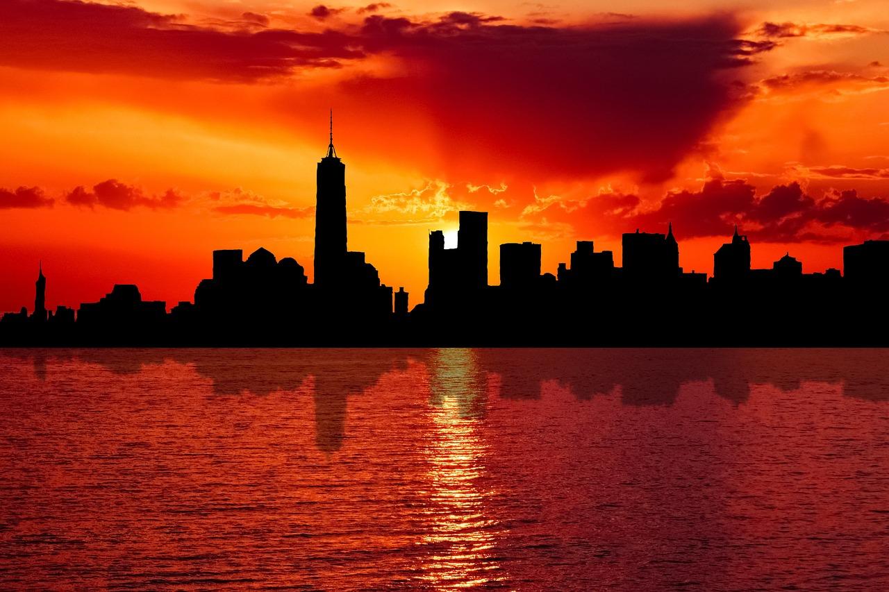 призывают картинки города на закате дня всему, малыши накупались