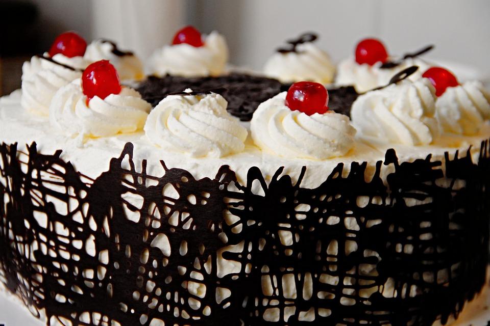 Torte, Sahnetorte, Kirschtorte, Schokoladentorte