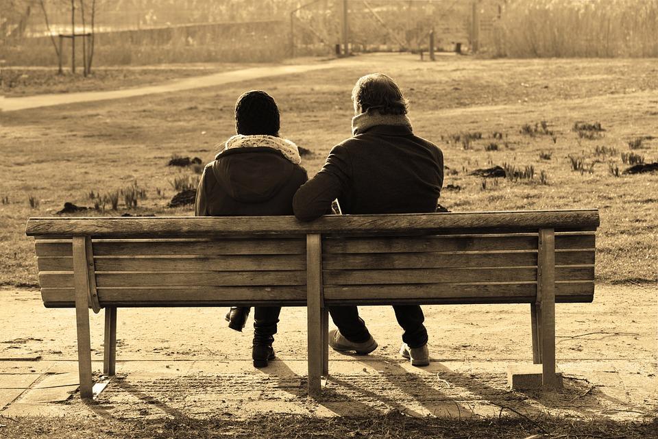 人, 男, 女性, カップル, 座っている, 一緒に, ベンチ, 話, 閉じる, 会話