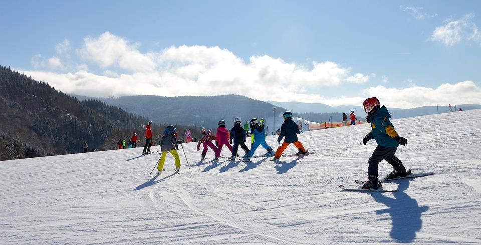子供, スキー レッスン, 運動ヒルズ, 黒い森, 実行スキー, 子どもの丘, 初心者, 丘, 自然, 雪