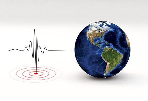 https://cdn.pixabay.com/photo/2018/02/20/13/46/earthquake-3167693__340.jpg