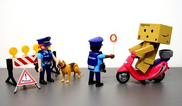 Control De Tráfico, Policía, Cifras