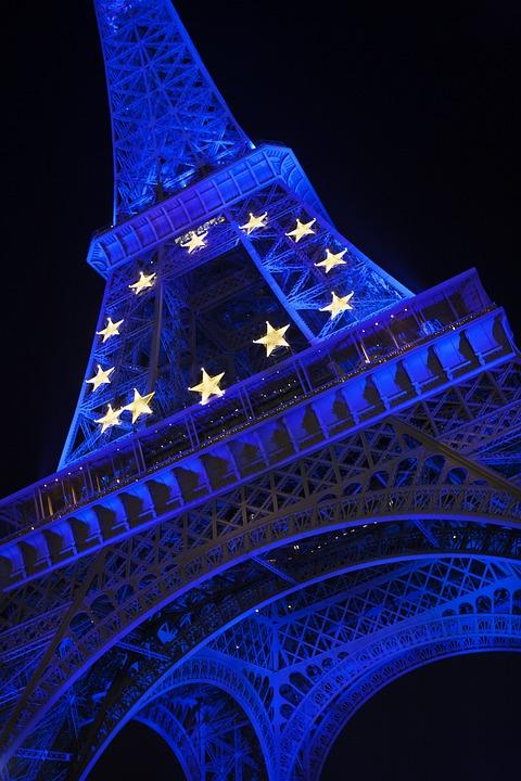 法国官方:9月30日全国哀悼前总统希拉克