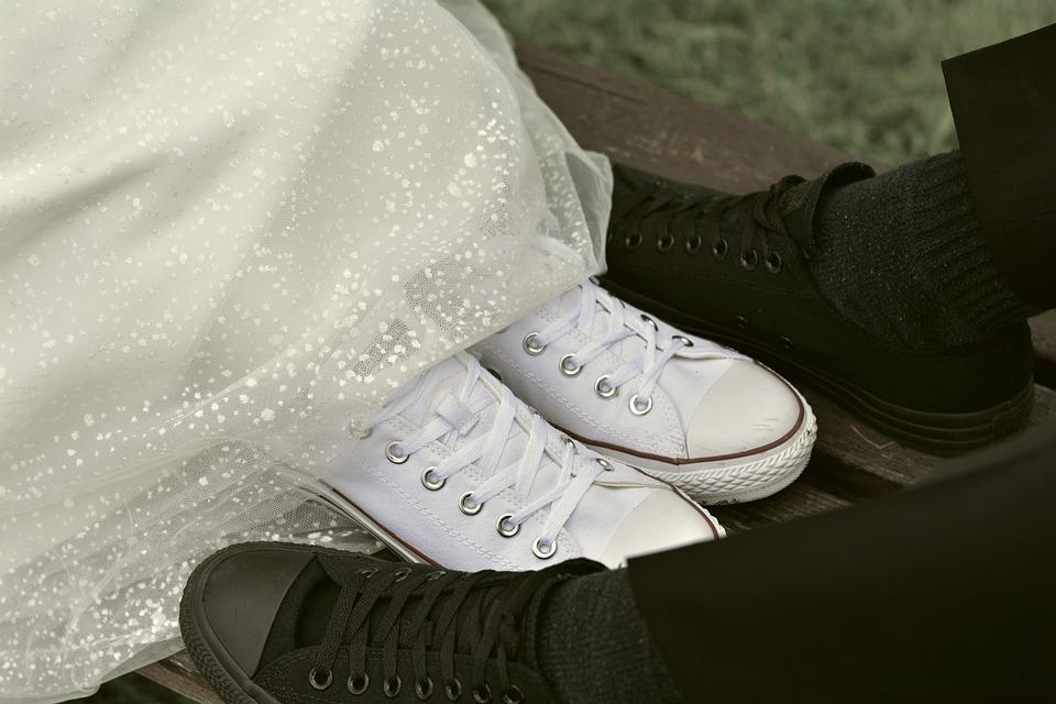 Brautpaar Brautschuhe Chucks Kostenloses Foto Auf Pixabay