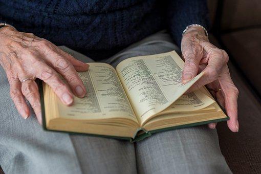 本, 人々, 大人, 事業, 文学, 手, 人間, 女性, 高齢者, 自立