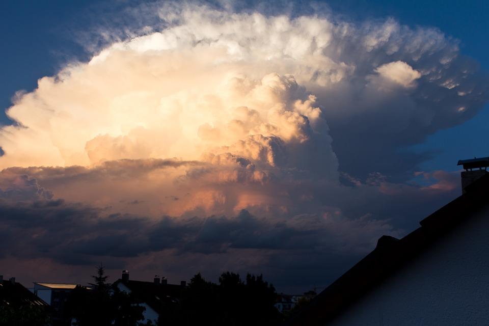 雷雨, 嵐, 積乱雲, 嵐狩り, 気象学, 雷細胞, 雷雲, 夜の光, 黄金の時間, 無料で立って, 戻る