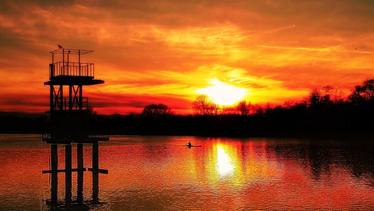 Sunset on Plodviv rowing lake