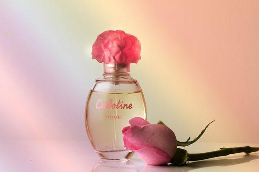 Parfém, Vůně, Růže, Parfémy Láhev