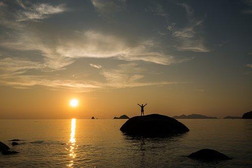 Pôr Do Sol, Águas, Sucesso, Pedras