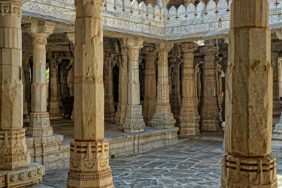 Jain Temple, Chaumukkha Mandir, Ranakpur, Pillar