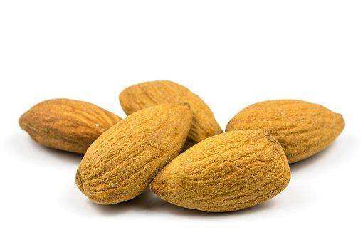 Almonds 3247705  340