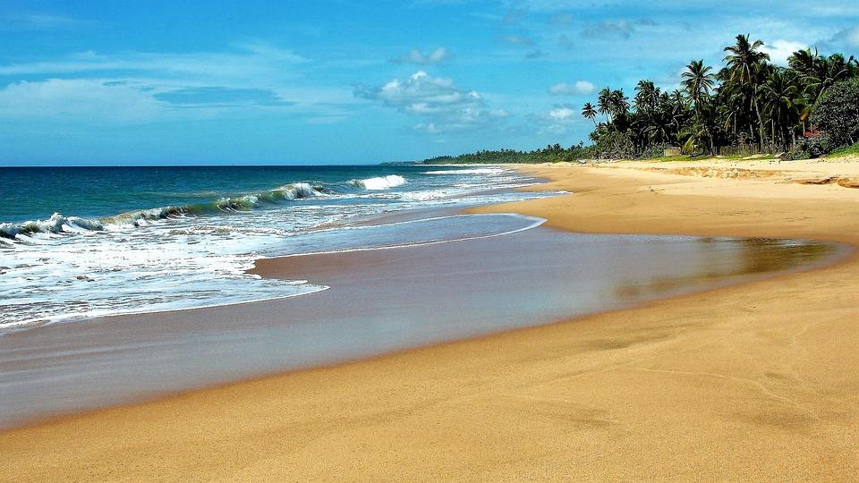 56 gambar pemandangan pantai pada sore hari Gratis
