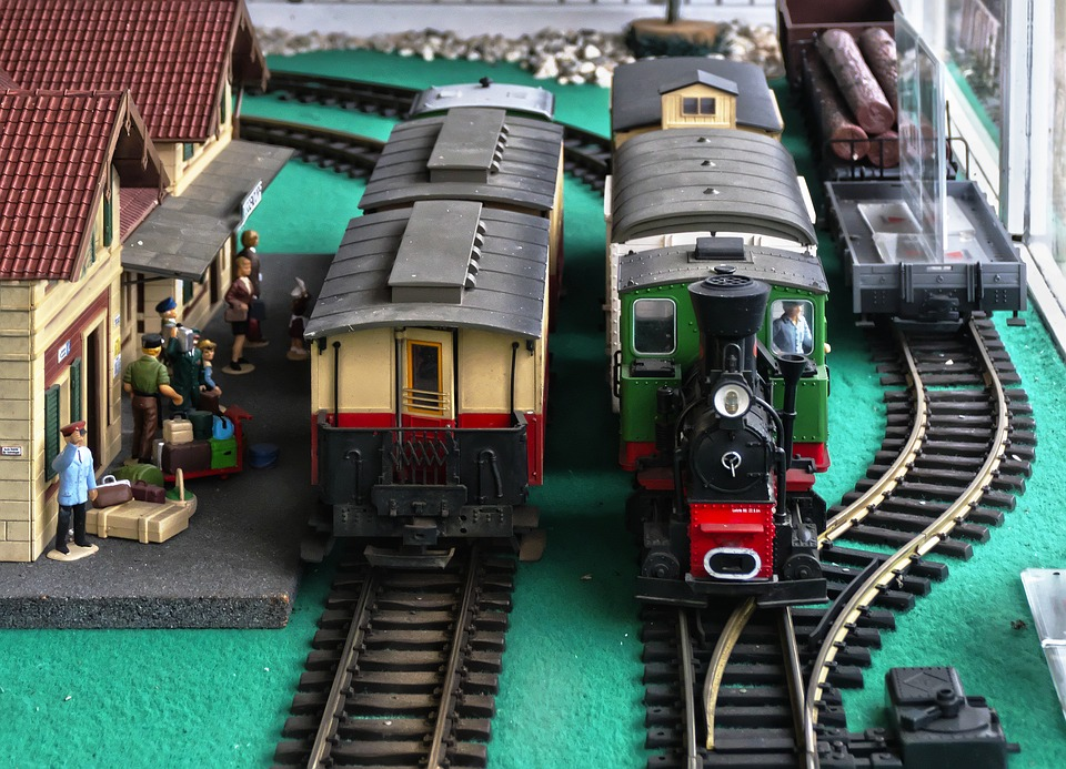 Railway Station, Model Railway, Platform, Figures