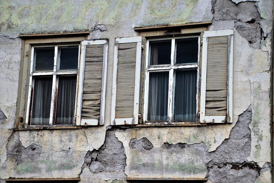Amherst (Ruins) – Pixabay – Pasja1000