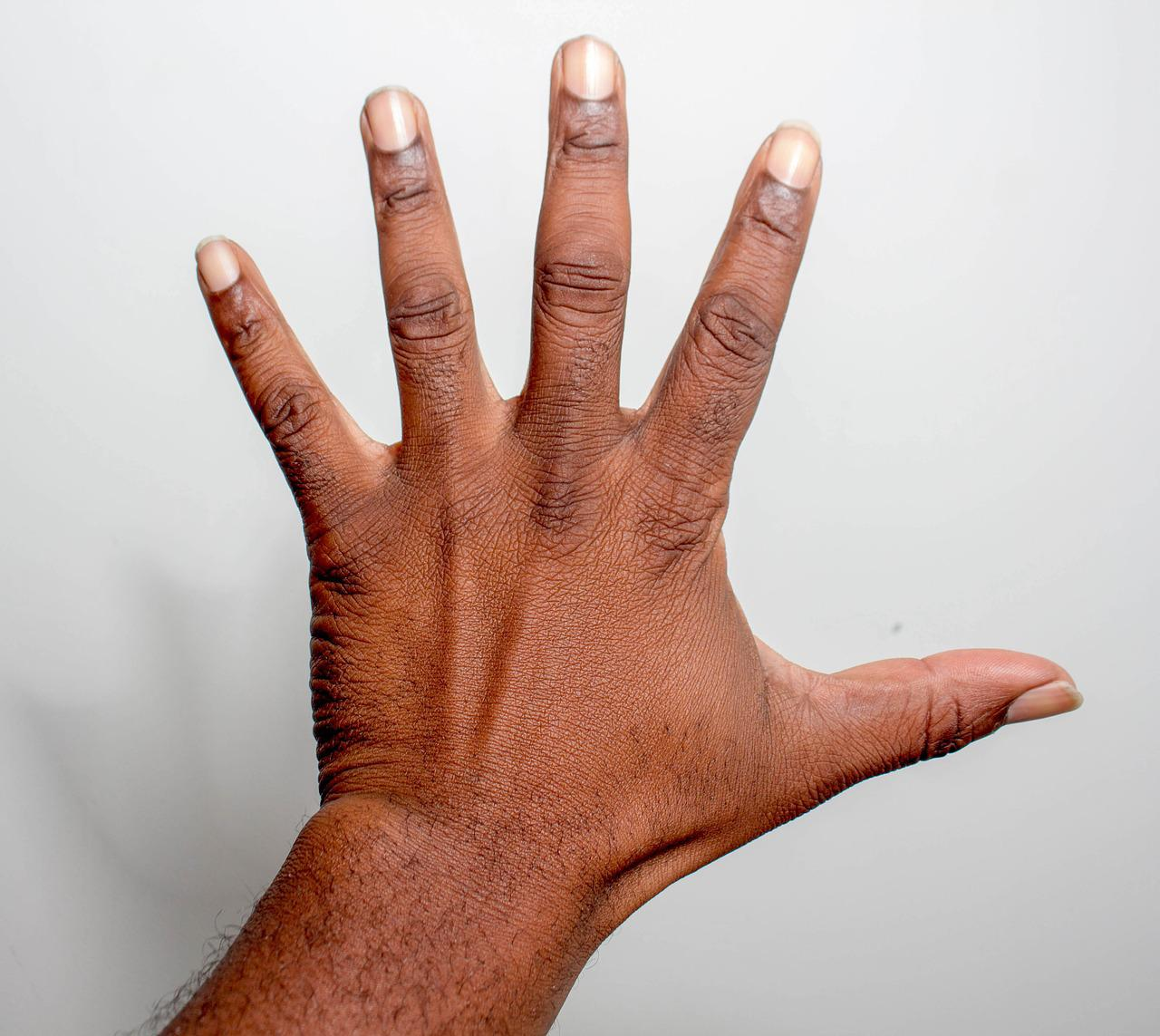 Палец на руке картинка