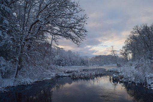 Snowing Christmas Scene.600 Free Snow Scene Snow Images Pixabay