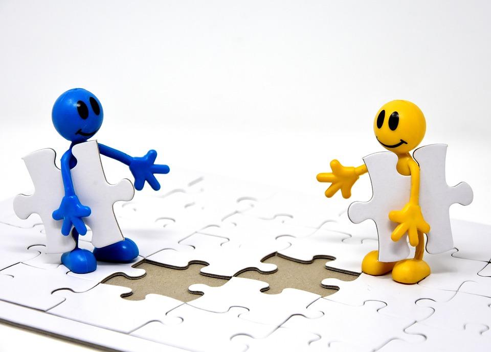 チームワーク, 一緒に, ゴール, 作成します。, パズル, 最後の部分, 一緒に結合します, 挿入, 共有