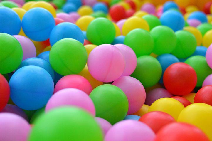 картинки шарики разных цветов людей