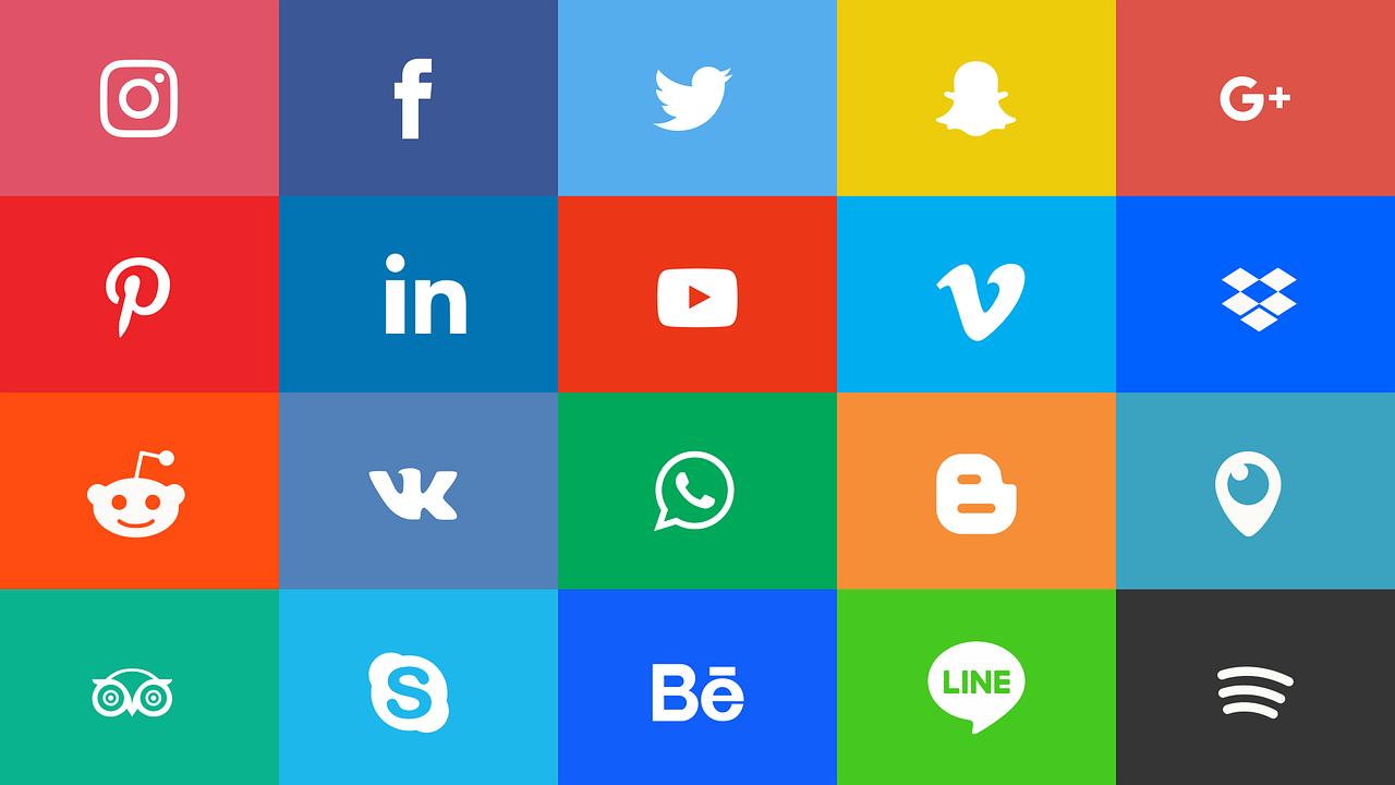 Instagram Facebook Ikon - Gambar vektor gratis di Pixabay