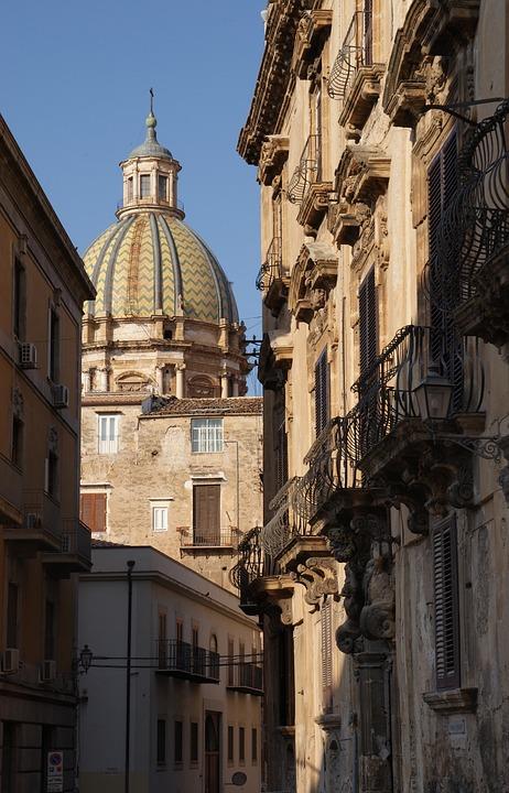 Palermo, Sizilien, Italien, Kirche, Die Kuppel
