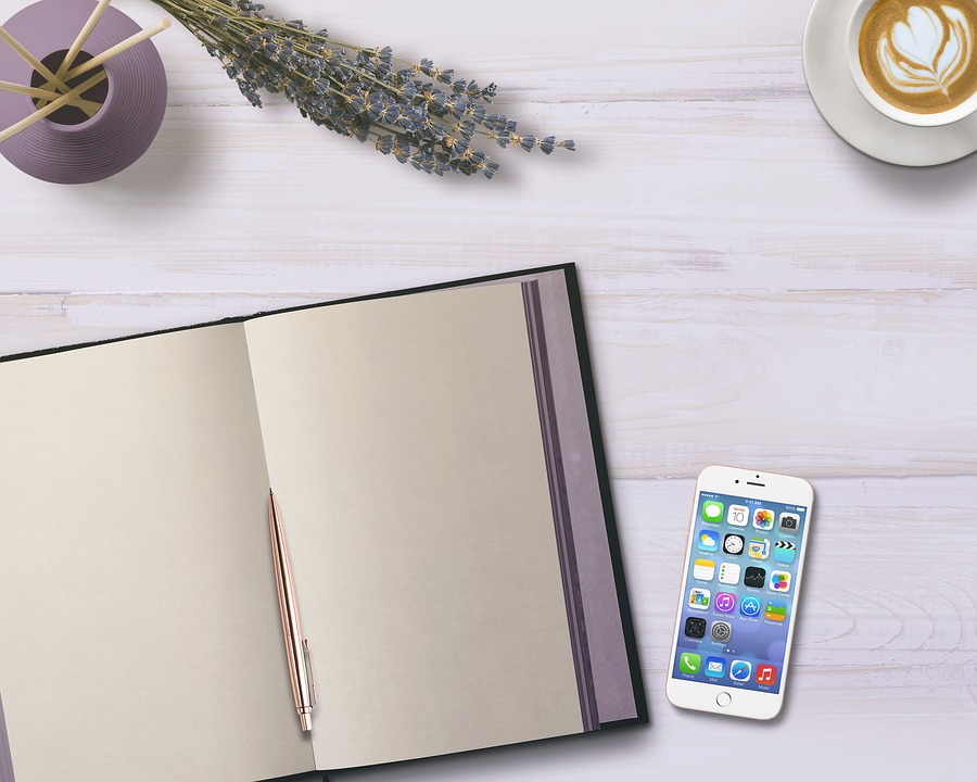 Diario, Teléfono Móvil, Tabla, Flores, Café, Decoración