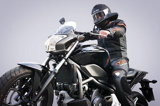 Weihnachtsbilder Motorrad.400 Kostenlose Motorradfahrer Und Motorrad Bilder Pixabay
