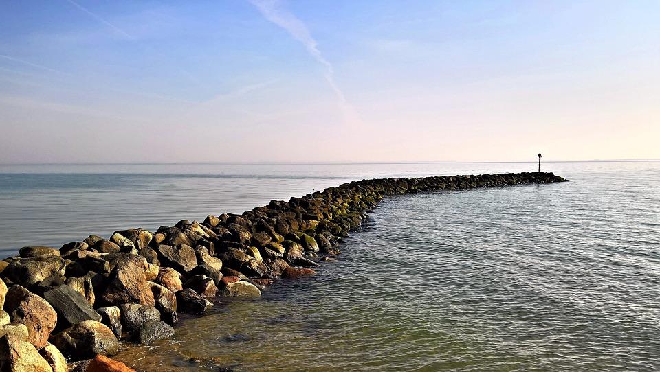 ケレップ水制, Meeresbuhne, 石盛土, デンマーク, バルト海海岸, 防波堤, 沿岸保護, 長い