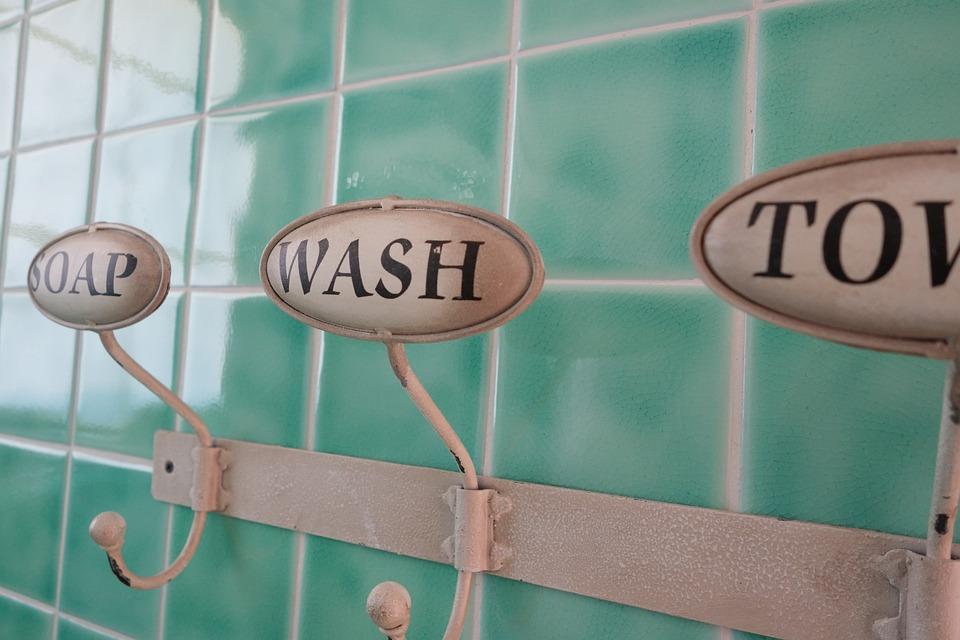 Badkamer Met Washok : Mooie oplossing voor ronde muur in de badkamer badkamers voorbeelden