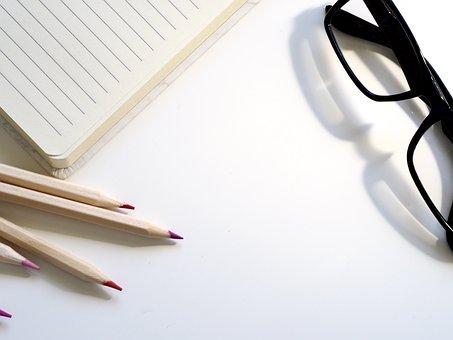 La Educación, De Papel, Por Escrito