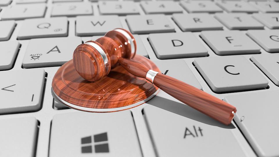 Cyber, La Loi, Juridiques, Internet, Maillet