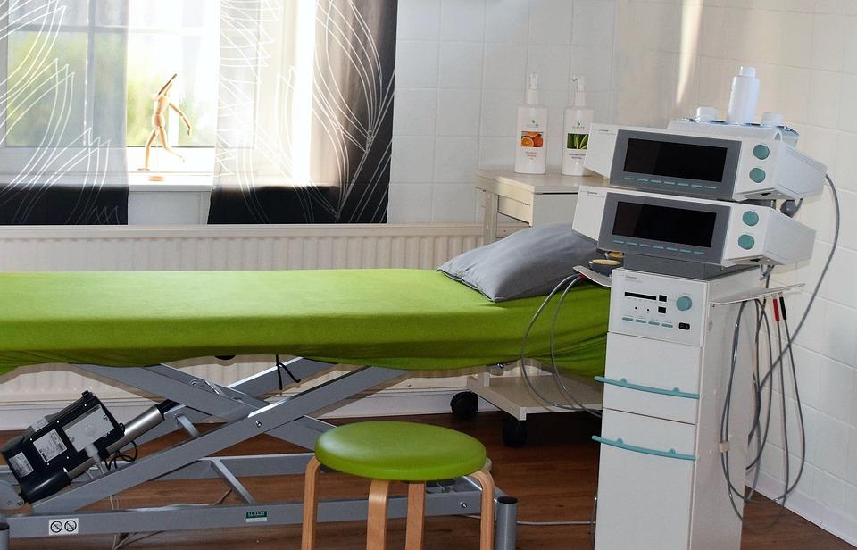 Физиотерапевт: кто это такой, что он лечит и в каких случаях к нему обращаются
