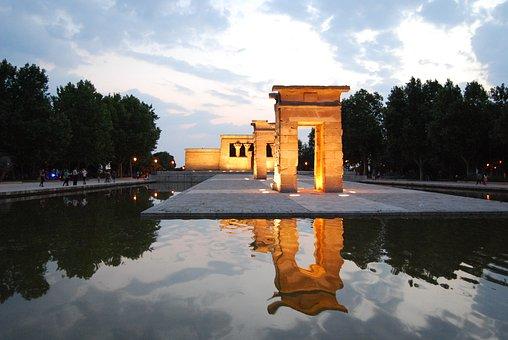Vista Templo de Debod Madrid