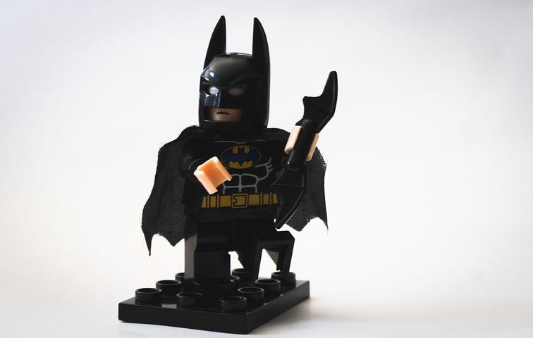интерьер смотреть игрушки картинки бэтмен каждой могиле около