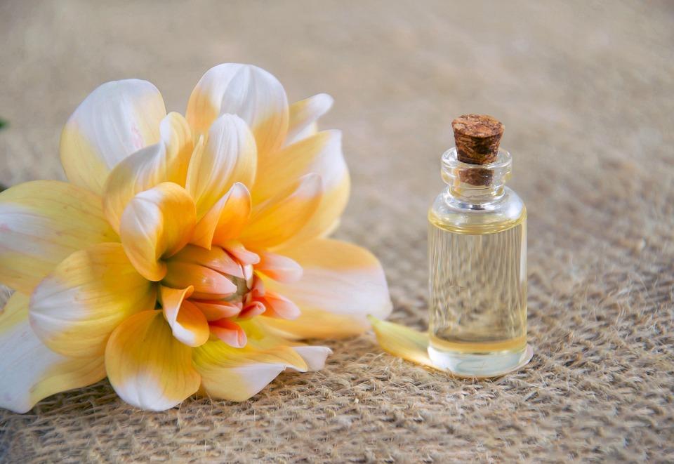 Olio Cosmetico, Cosmetologia, Cosmetici Naturali
