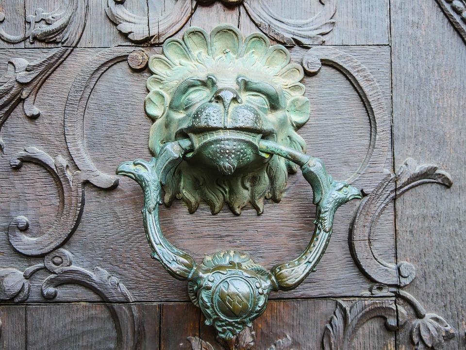 Doorknocker Old Door Lion Head Input Goal