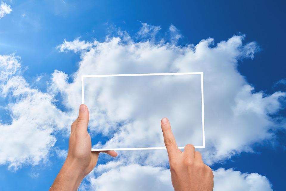 雲, 指, タブレット, メモリ, ストア, タイピング, 携帯電話, 画面, Sms, 送信, 呼び出し