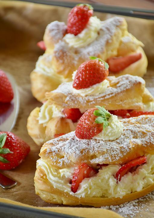 Eclair Erdbeerkuchen Erdbeeren Kostenloses Foto Auf Pixabay