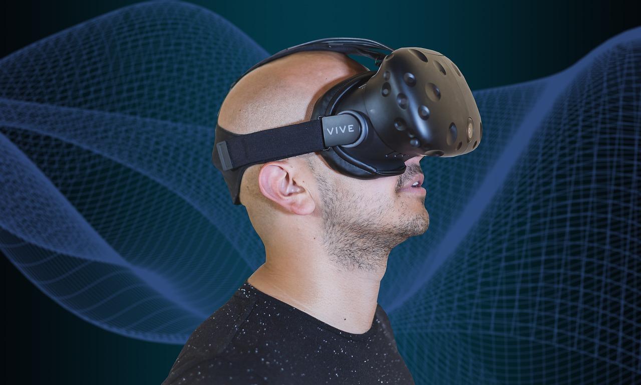 обязательно, чтобы реклама виртуальной реальности фото с пауком крюк
