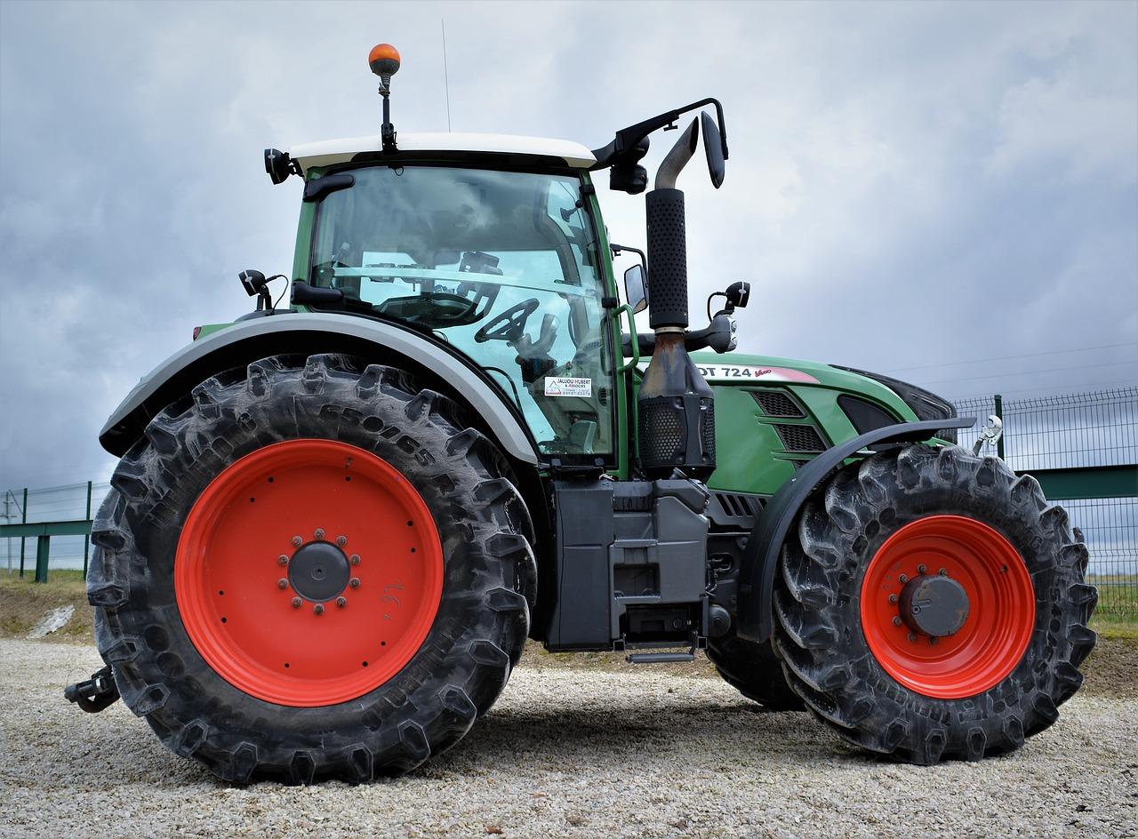 картинки трактора фенд строки менее