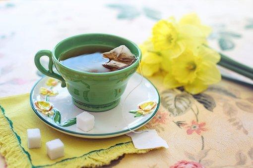 茶, 朝, 緑, 黄色, 水仙, カップ, 花, 卓上, テーブル, ドリンク