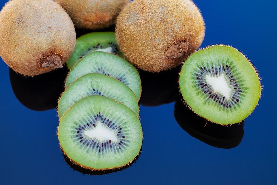 Kiwi Fruit Benefits for Skin