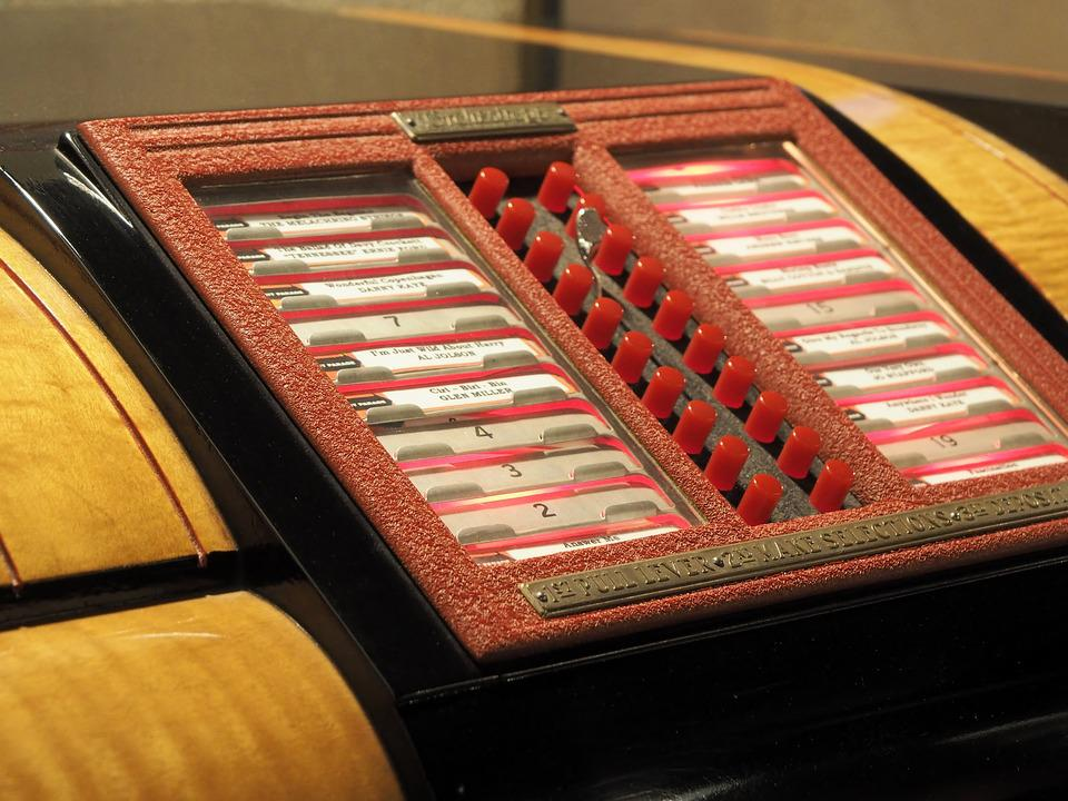 This awesome homemade jukebox is controlled by swipeable song cards